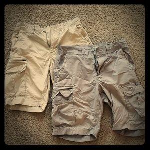 Size 33 Sonoma cargo shorts (Gray and Khaki)
